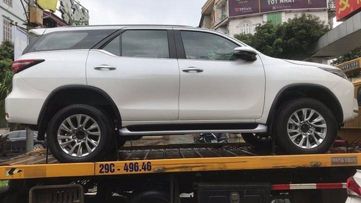 Toyota Fortuner 2021 bất ngờ về Việt Nam