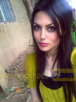 Aisha Linnea Akhter- Husband, Family, Kids, Marriage, Net Worth & Bio