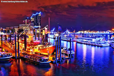 Hamburg Blue Port mit dem Feuerschiff