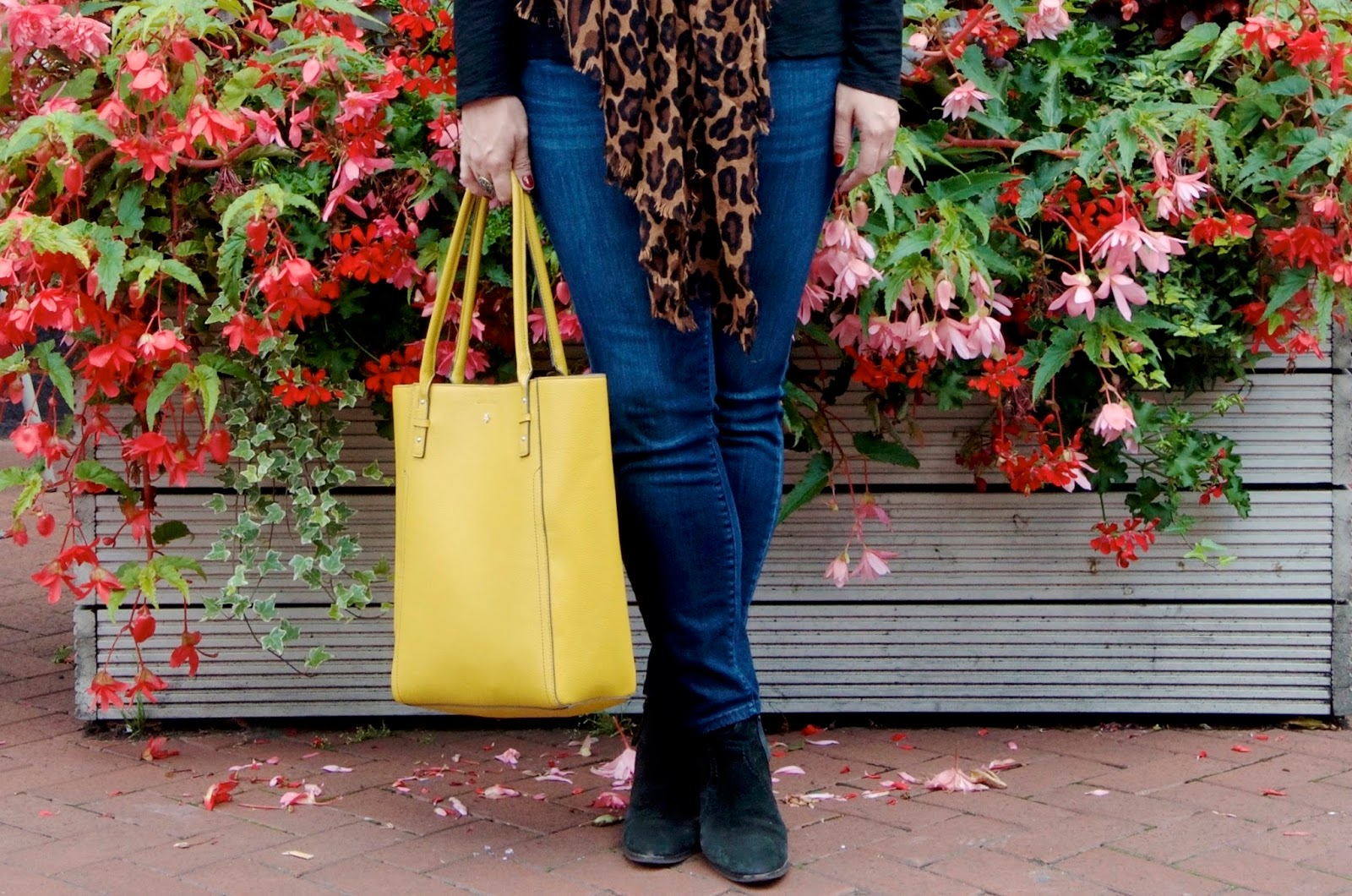 Yellow Tote Bag, Leopard Scarf, Skinny Jeans, Black suede boots and flowers