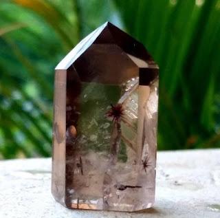 cristal de quartzo hollandita