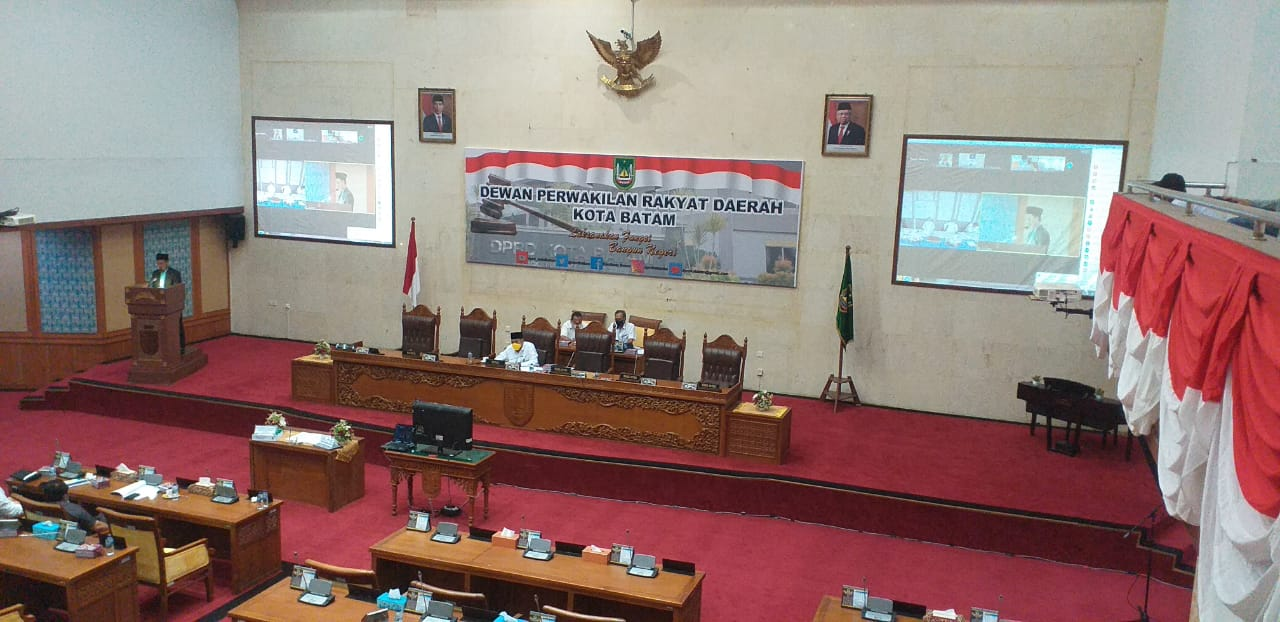 DPRD Kota Batam Menyetujui Ranperda Pertanggungjawaban Pelaksanaan APBD Kota Batam Tahun 2020 Ditetapkan Sebagai Perda