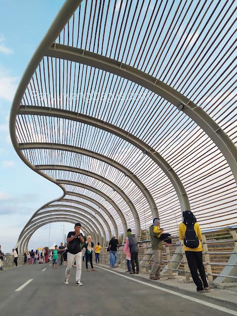 jembatan lintas marina Banyuwangi.