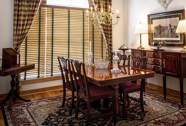 3 INTERIOR DESIGN TIPS USING ORIENTAL RUGS