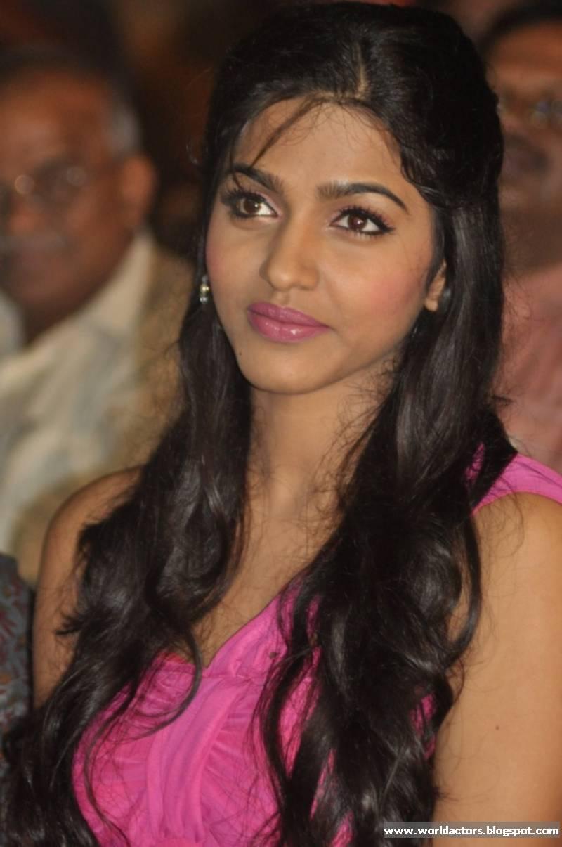Actress hanshika Mms video