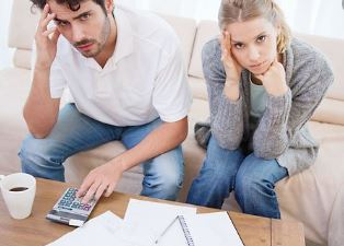 Quand devrais-je combiner mes finances avec celles de mon partenaire, financement mariage, couple, mariés