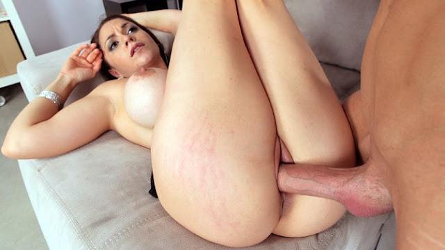 Marta La Croft – Cock-stuffed breasts