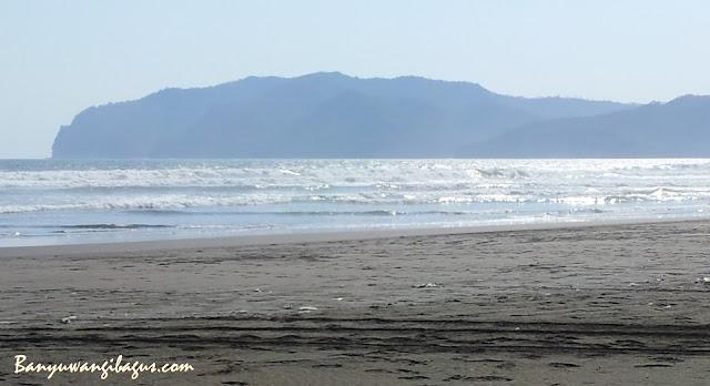 Pantai Marengan di Blok Bedul, Taman Nasional Alas Purwo.