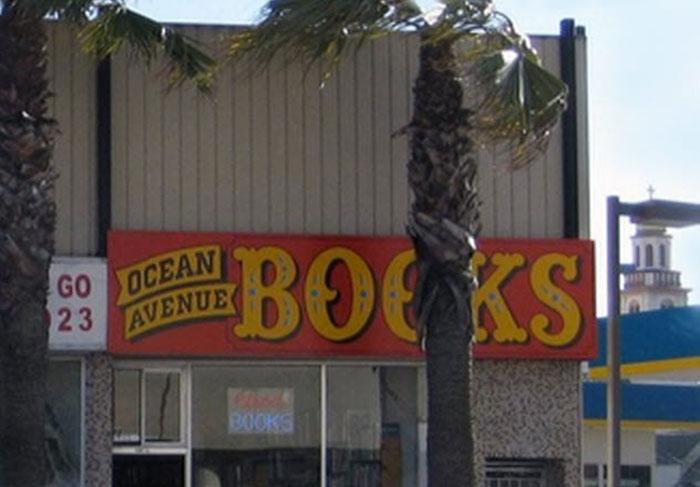 toko buku Ocean Avenue Books