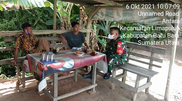 Dengan Melaksanakan Komsos Bersama Kadus dan Tokoh Masyarakat Dilakukan Personel Jajaran Kodim 0208/Asahan