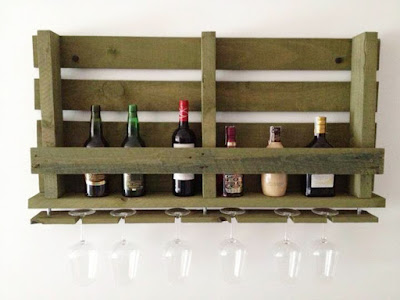 Bottle rack with pallets