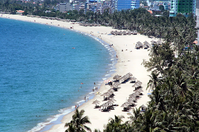 Top 8 Nice Places to Visit in Vietnam nha trang beach