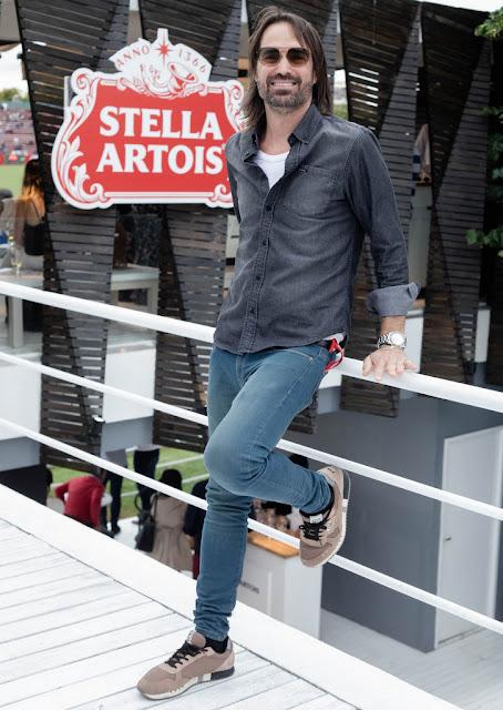 Ale Lacroix en el espacio de Stella Artois en el Campo Argentino de Polo