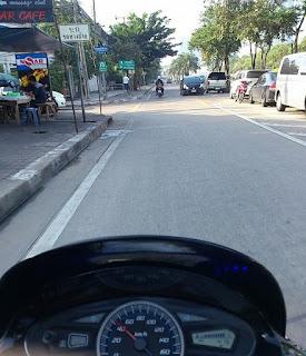 バンコクでバイク