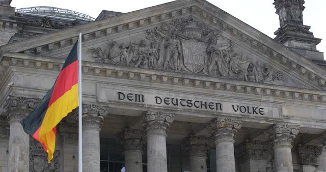 Παράνομη θεωρεί τη συμφωνία Ερντογάν – Σάρατζ και η γερμανική κυβέρνηση