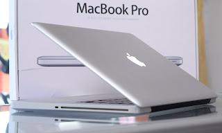 Macbook Pro Core i7 (15-inch) Early 2011 Fullset