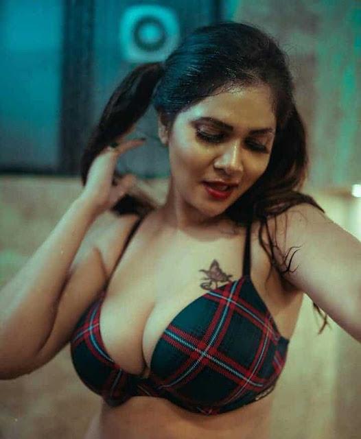 Aabha Paul Big Boobs Images wearing Bra