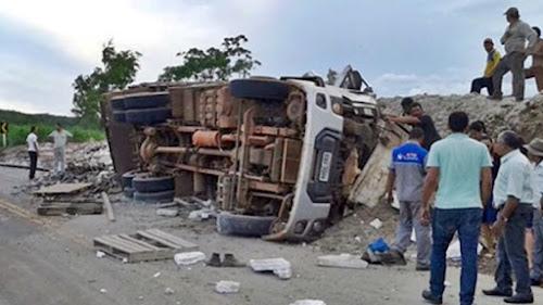 Caminhão SEM FREIO video acidente