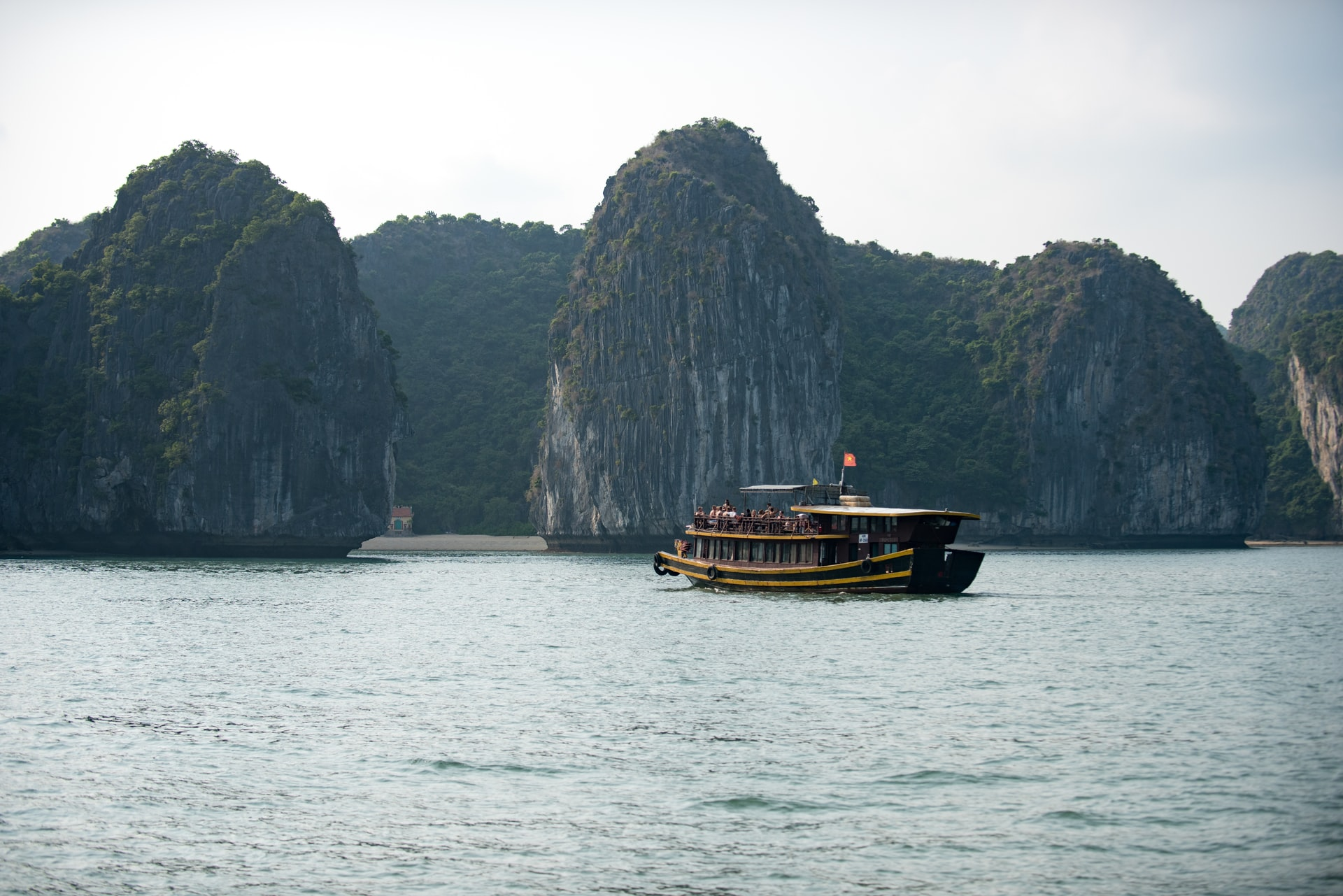 facts about halong bay
