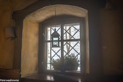 """Wnętrze """"Karczmy pod lipami"""" urządzonej na terenie dawnego klasztoru"""