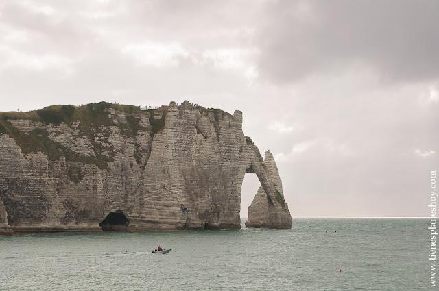 Étretat Acantilados en Normandia viaje Francia turismo