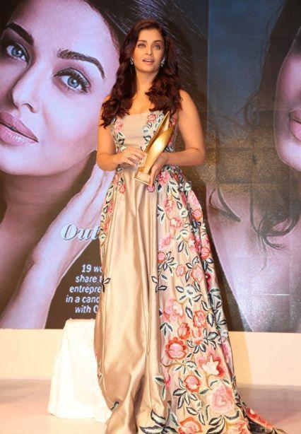 aishwarya Rai at outlook business women awars