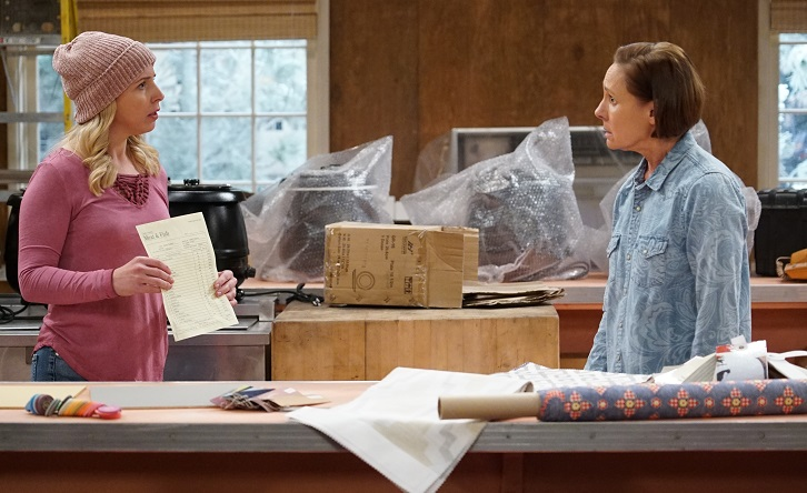 The Conners - Episode 2.11 - Mud Turtles, A Good Steak and One Man in a Tub - Promotional Photos + Press Release