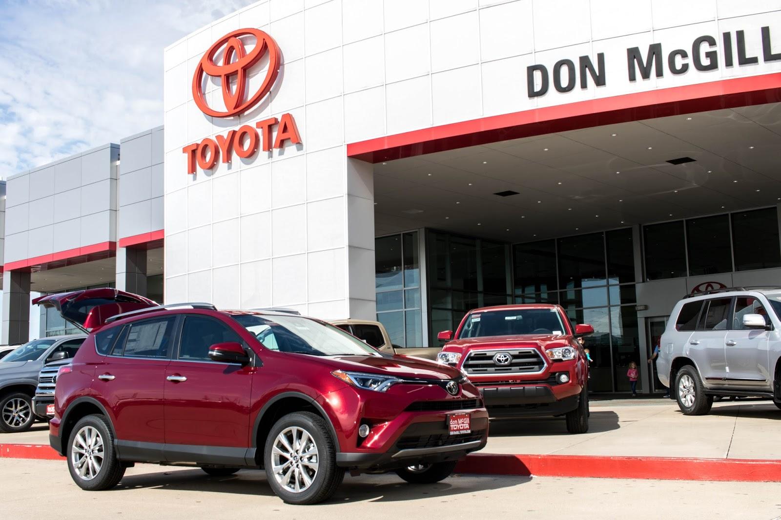 Don McGill Toyota Houston · 2018 Toyota RAV4 Limited