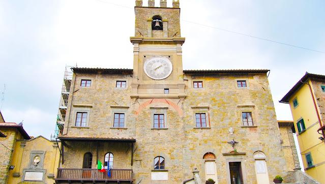 Palazzo Comunale en Plaza República de Cortona
