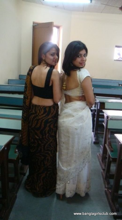 Super Hot Desi Girls And Boys Enjoying Themselves-1043