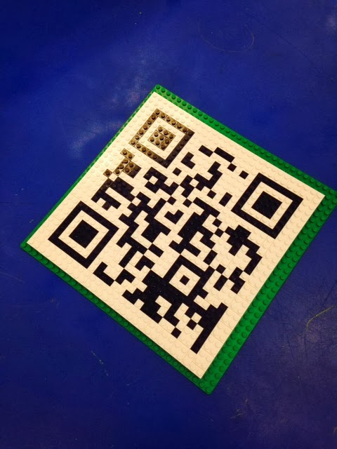 Technology with Class: A Dynamic QR Code