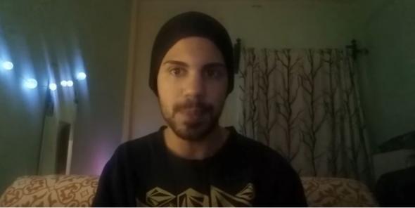 Νεαρός Youtuber κάνει κριτική για τα Μέσα Μαζικής Μεταφοράς και προκαλεί γέλιο μέχρι δακρύων  από την αμάθεια του.... (βίντεο)