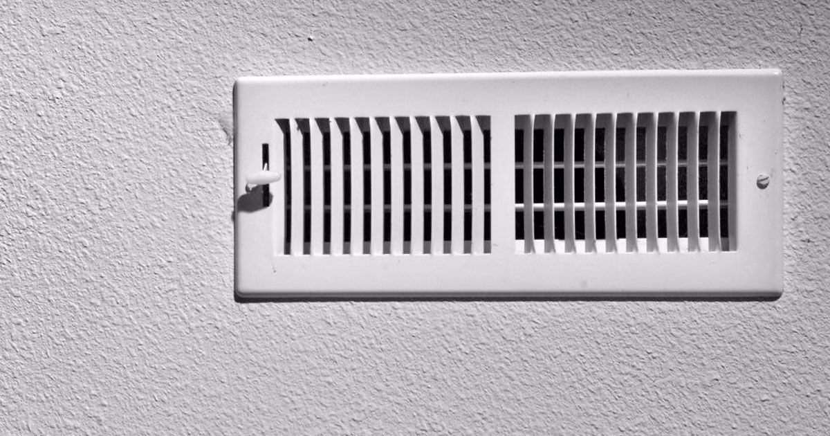 10 essential tips to cleaning your own air ducts