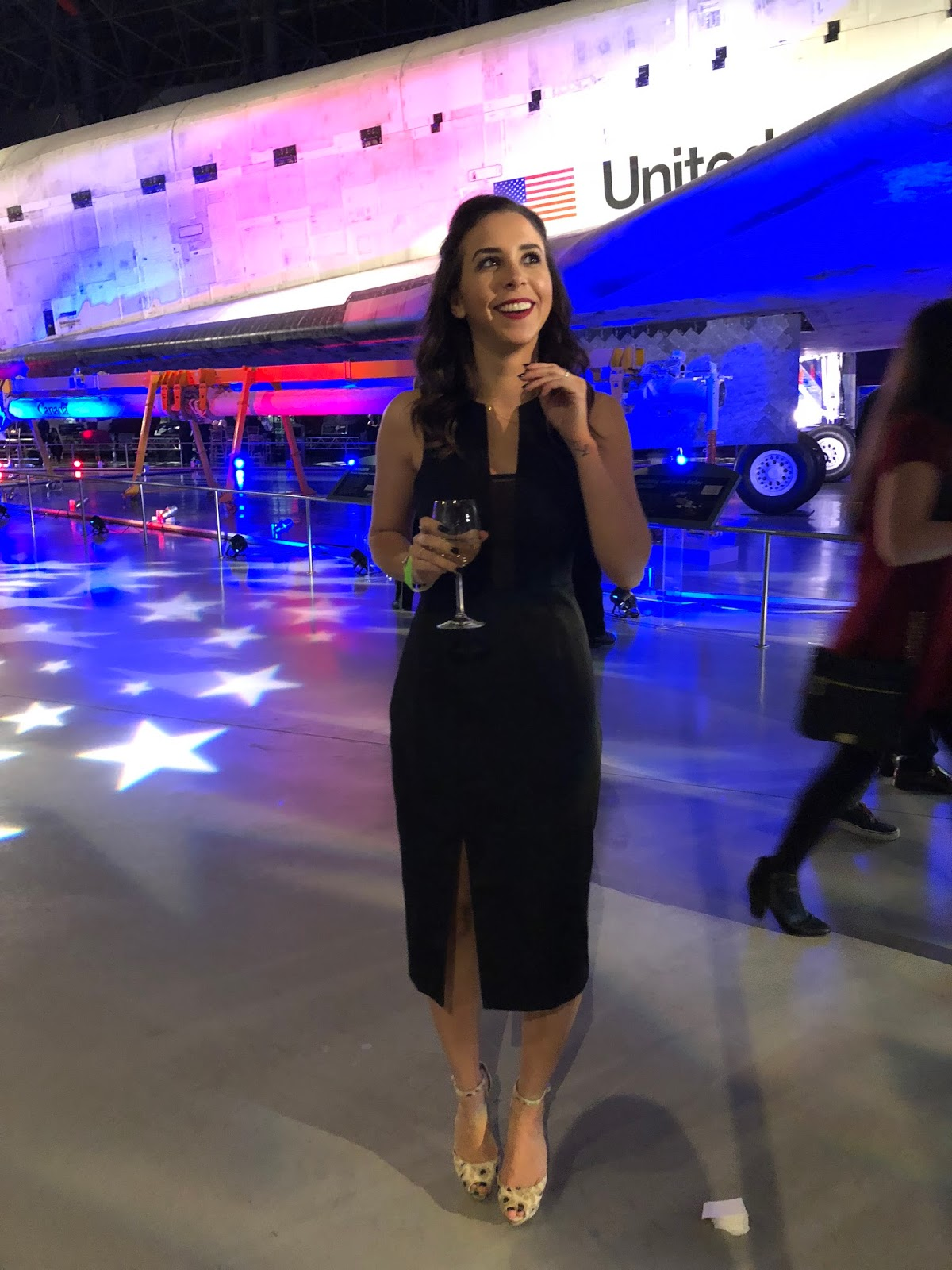 air-space-museum-finderskeepers-holiday-party-dc-blogger-avizastyle