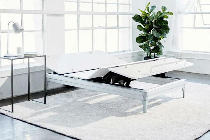 Yaasa Adjustable Bed
