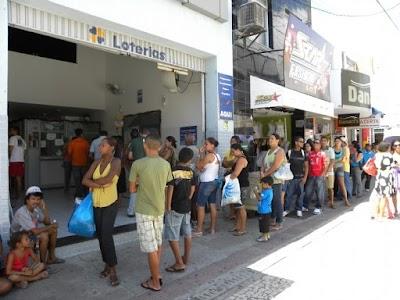 Beneficiários poderão receber primeira e segunda parcelas do auxílio emergencial juntas