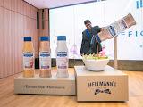 Sajian Enak Hellmann's dengan tiga perisa eksklusif Sos Salad Baru