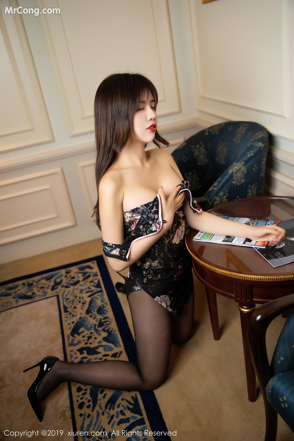 Image XIUREN-No.1677-Cris-MrCong.com-038 in post XIUREN No.1677: Cris_卓娅祺 (56 ảnh)