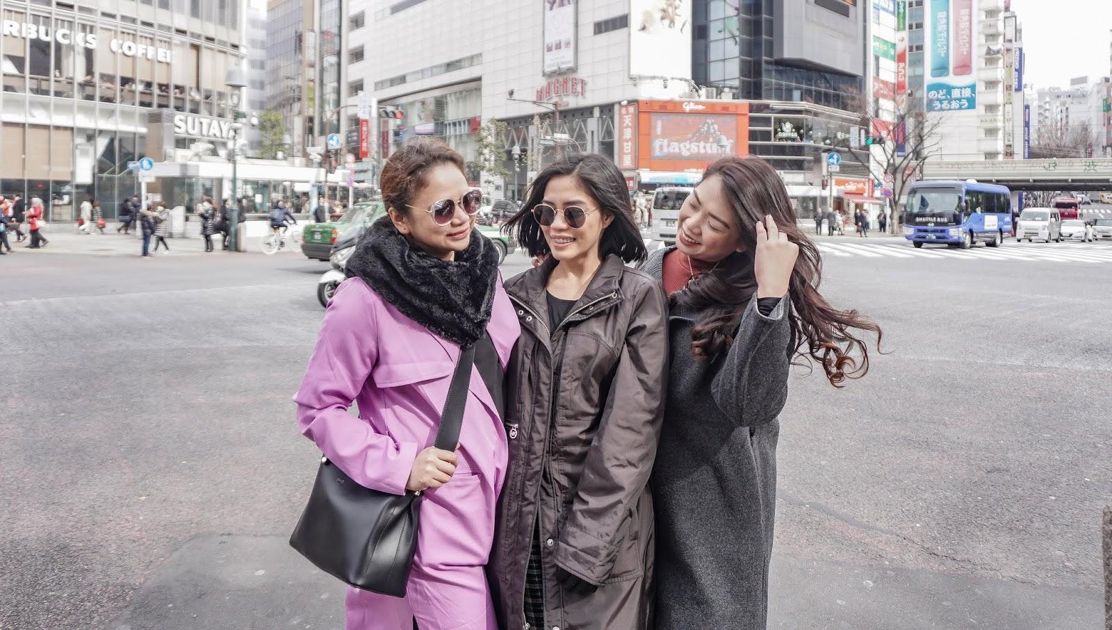 TOKYO: Shibuya Crossing,abroad, Japan, Shibuya Crossing, Tokyo, what to do in Tokyo, winter season in Tokyo,
