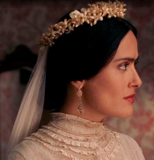 Frida (Salma Hayak) noiva no filme