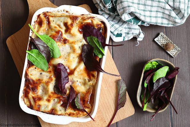 Lasagne con ricotta, fiordilatte, spinaci e noci