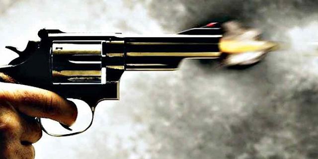 हर्जाना मांगने गए ग्रामीणों को सरपंच के भाई ने पीटा, चलाई गोली | JABALPUR NEWS