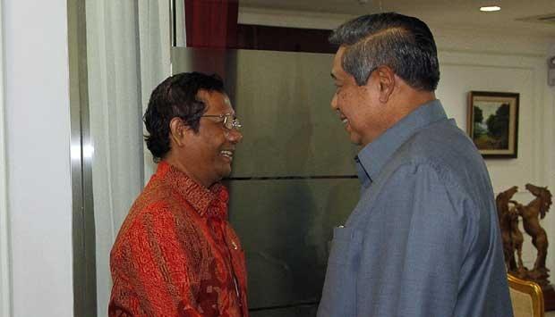 Ada Rahasia di Balik Mahfud MD Selalu Bersikap Manis ke SBY, Mungkinkah Ini Alasannya?