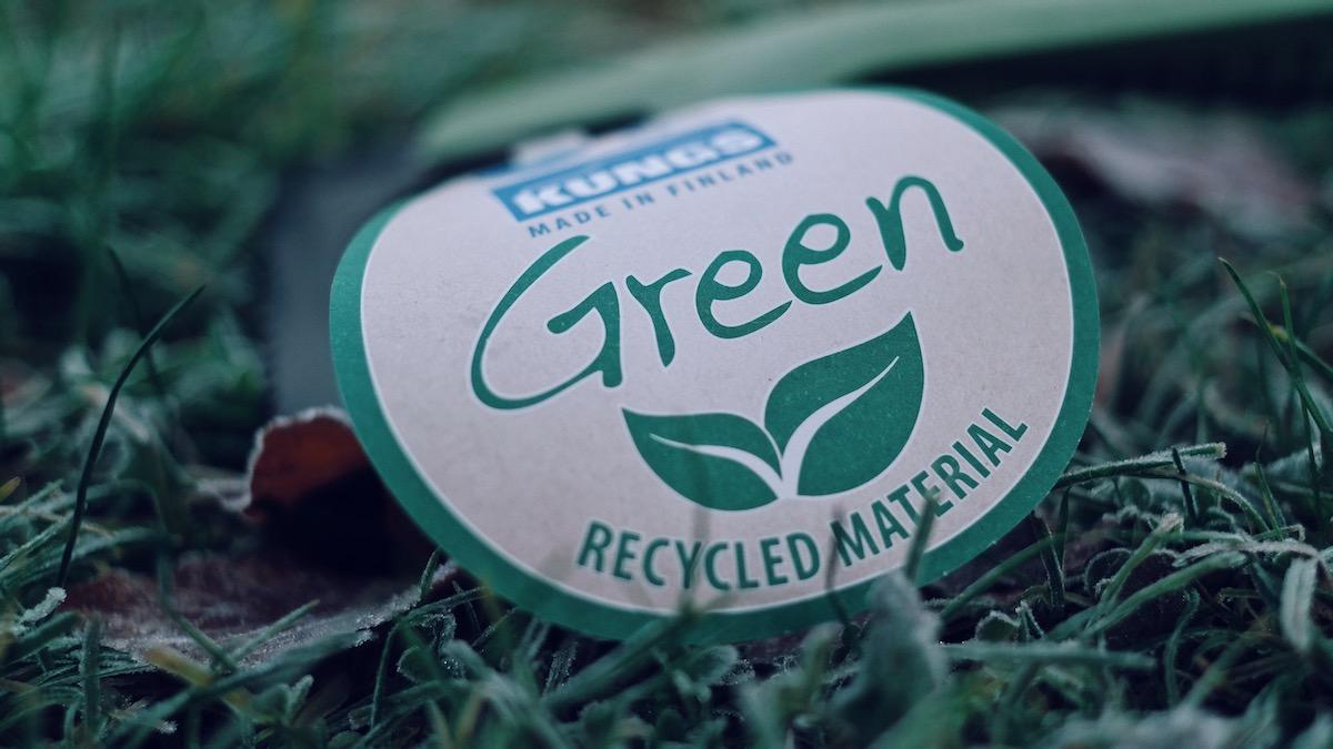 Der neue KUNGS Green Eiskratzer kann gekauft werden.  Mein Lieblingsprodukt vom finnischen Marktführer.