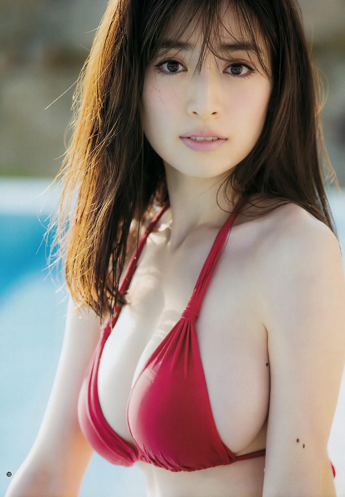 Rika Izumi 泉里香, Young Jump 2018 No.03-04 (週刊ヤングジャンプ 2018年3-4号)