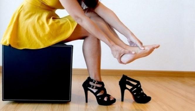 για να μην σε χτυπάνε τα παπούτσια