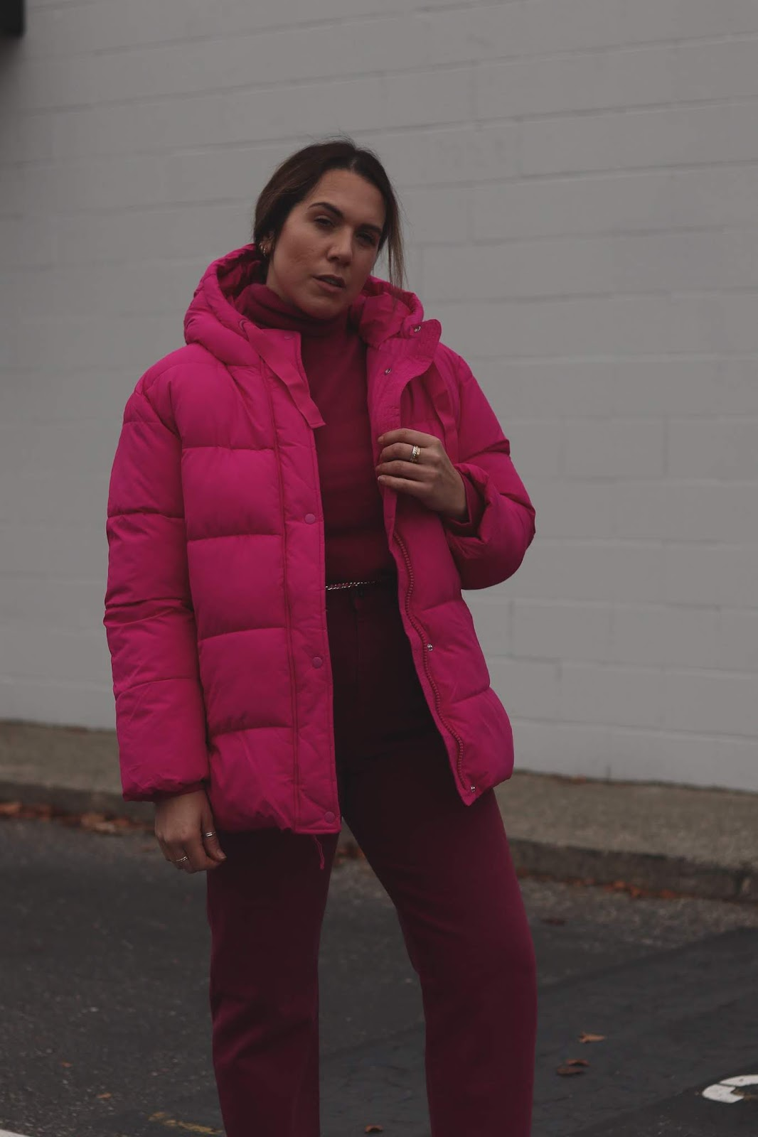 GAP Women's Upcycled Puffer blogger outfit pink winter outfit idea levis made and crafted barrel crop