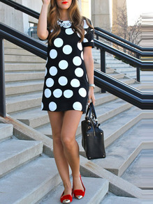 www.shein.com/Black-White-Dots-Zipper-Back-Short-Sleeve-Dress-p-264321-cat-1727.html?aff_id=2525