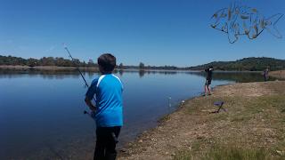 Pesca de bass con cucharillas y poteras