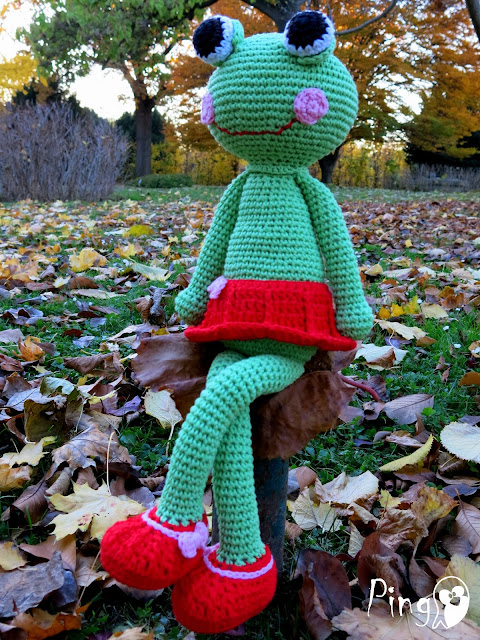 Abby - The Frog, crochet pattern by Pingo - The Pink Penguin
